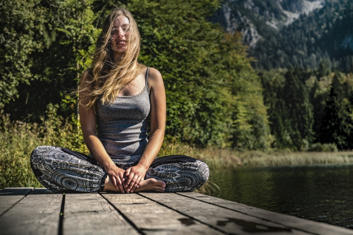Elias Maier Photography Portrait Natur Meditation